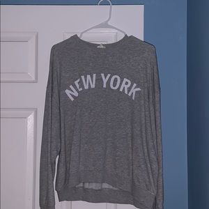 H&M crew neck sweatshirt